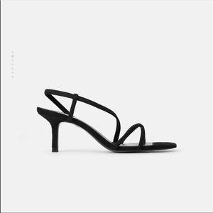 NWOT Zara MID-HEIGHT HEELED ELASTIC STRAP SANDALS